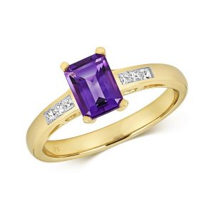 Diamond and Prong Set Emerald Cut Amethyst Dress Ring with Diamond Shoulders in 9ct Yellow Gold