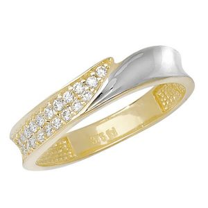 Modern Design Ladies CZ set Gold Ring