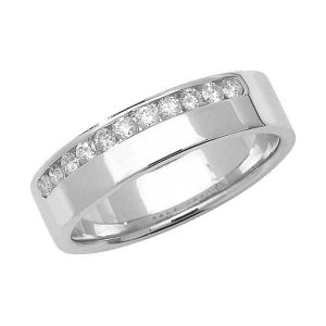 9ct White Gold Round Diamond Eternity Style Wedding Ring