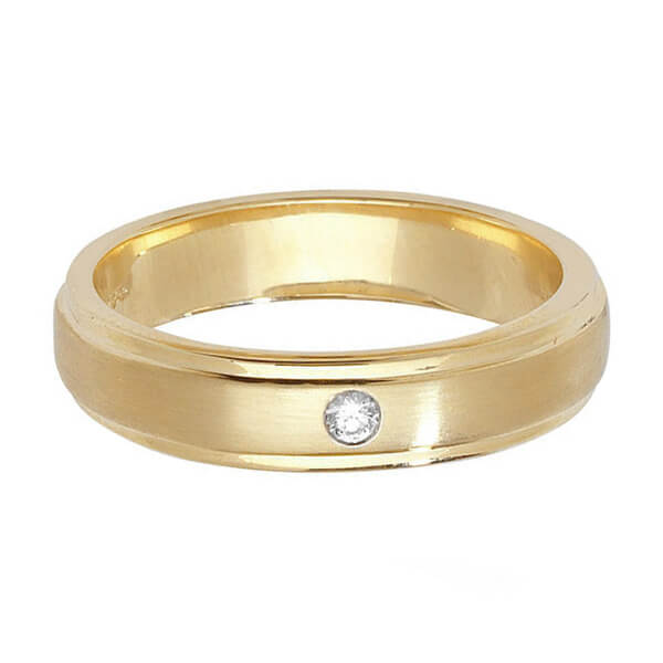 9ct Yellow Gold Single Round Diamond Wedding Ring