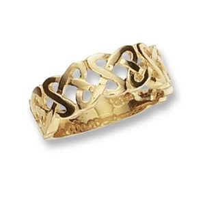 Mens Celtic Ring made in 9ct Yellow Gold